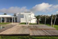 Facade of Villa at Menorca Fantetti Workshop. Facciata della Villa costruita a Minorca, Spagna
