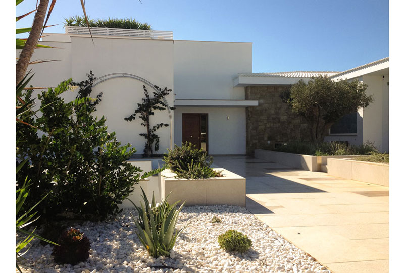 Facade of White Villa at Menorca Fantetti Workshop.