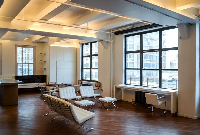Open Space of NY Apartment by Italian Architect Alessandro Fantetti